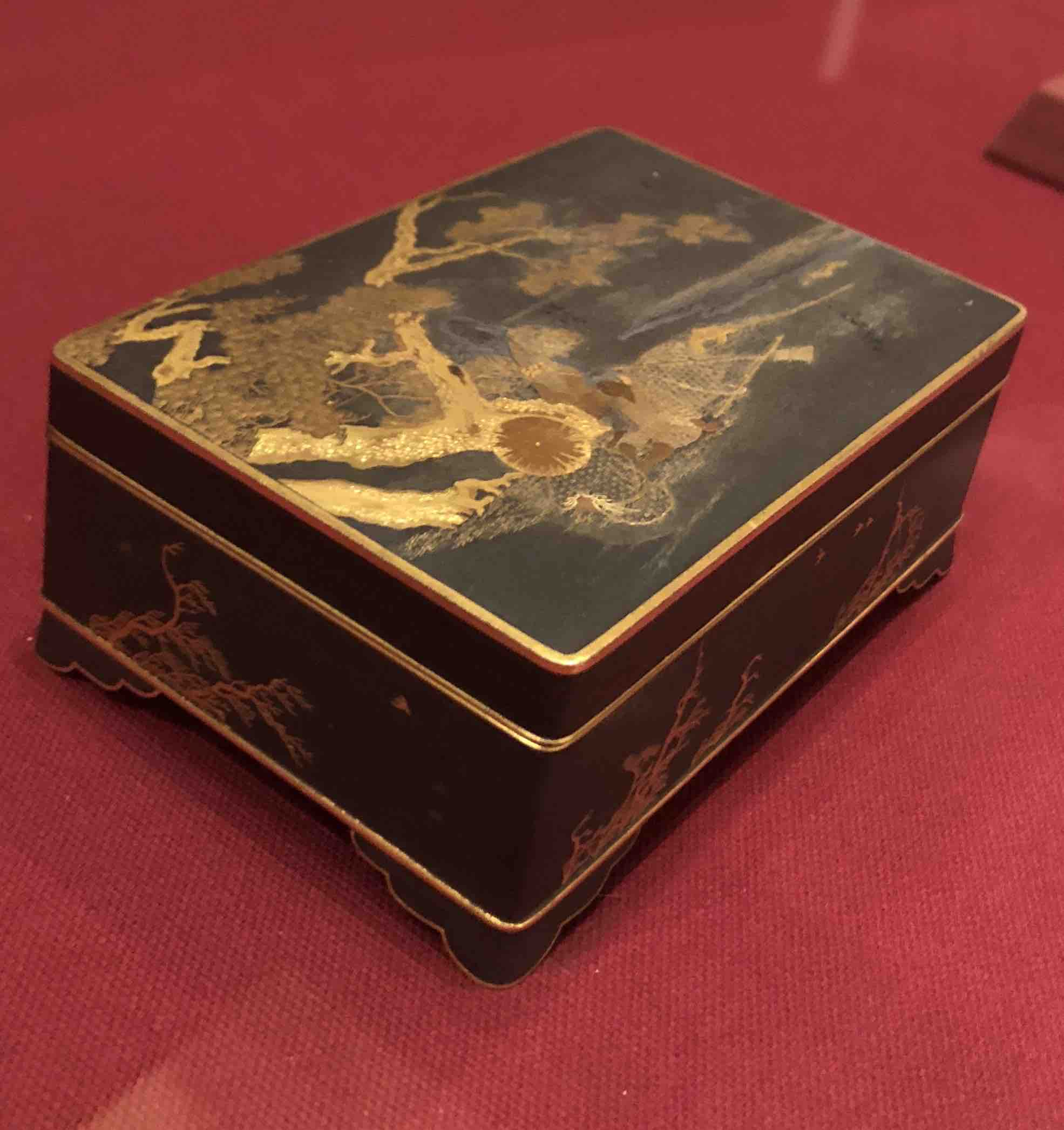 Artist Unknown, Box with Fisherman Motif